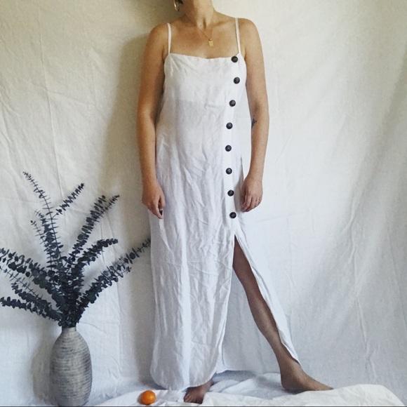 b1b12a885ee Reformation Linen Dress. M 5b94386f1b16db7fb5b97e25